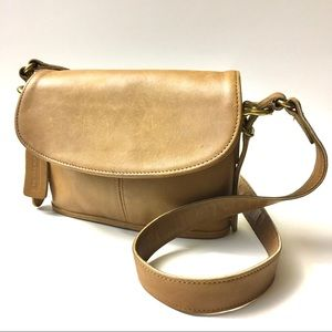 Vintage Coach Tan Small Shoulder Purse